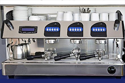 Comotech-industries_machine-a-cafe